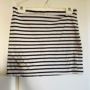 H&M basic black and white striped mini skirt